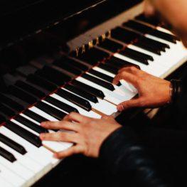 เรียนเปียโน ผู้ใหญ่